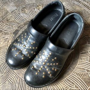 BORN Black Leather Studded Slip On Clogs Size 11